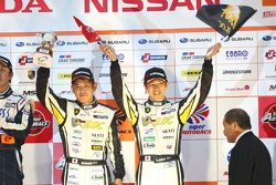 GT300 podium: third place Manabu Orido, Takayuki Aoki