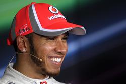 Conferencia de prensa: Ganador de la pole position Lewis Hamilton, McLaren Mercedes