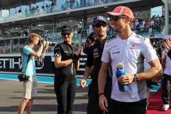 Jenson Button, McLaren en el desfile de pilotos