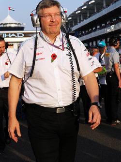Ross Brawn, Mercedes AMG F1 Team Principal on the grid