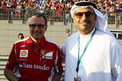 Stefano Domenicali Ferrari, General de Ferrari Director con el Jeque Mansour bin Zayed bin Sultan Al