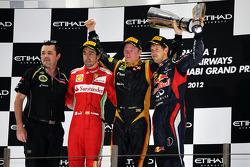 Podium: 2. Fernando Alonso, Ferrari, 1. Kimi Räikkönen, Lotus F1 Team, 3. Sebastian Vettel, Red Bull