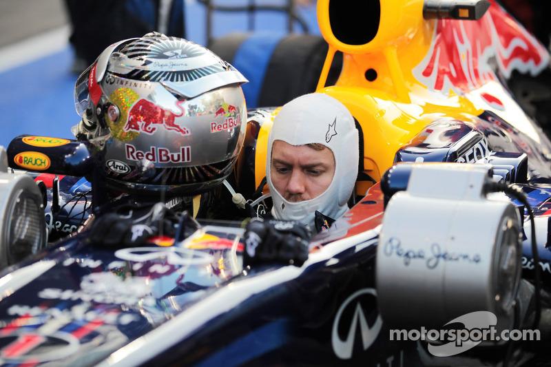 Sebastian Vettel, Red Bull Racing start vanuit de pitlane