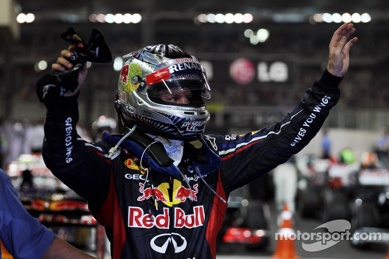 Sebastian Vettel, Red Bull Racing viert derde plaats in parc ferme