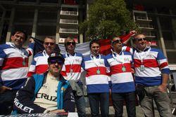 Yvan Muller, Chevrolet Cruze 1.6T, Chevrolet met fans