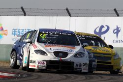 Fredy Barth, SEAT Leon WTCC, SUNRED Engineering, Alberto Cerqui, BMW 320 TC, ROAL Motorsport en Coli
