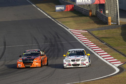 Norbert Michelisz, BMW 320 TC, Zengˆ Motorsport and Ka Liu Lic Ka, BMW 320si, Liqui Moly Team Engst