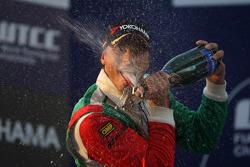 Yokohama Trophy, 1st position Stefano D'Aste, BMW 320 TC, Wiechers-Sport