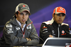 Sergio Pérez, Sauber, Lewis Hamilton, McLaren Mercedes