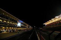 Het circuit 's nachts