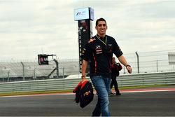 Sebastien Buemi, Red Bull Racing and Scuderia Toro Rosso Reserve Driver walks the circuit