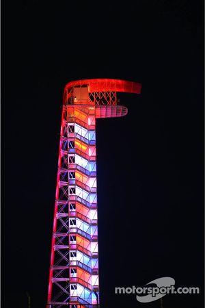 Uitkijktoren, 's nachts