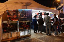 F1 stand in Austin nachtbeeld
