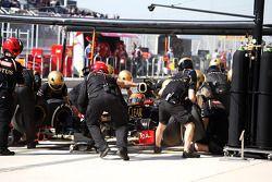 Romain Grosjean, Lotus F1 pitstop