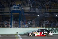 Regan Smith, JR Motorsports Chevrolet aan de finish