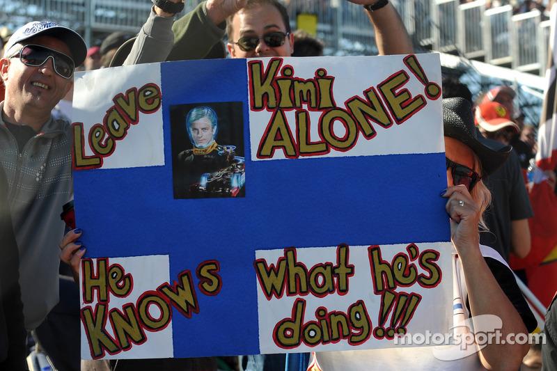 Kimi fans
