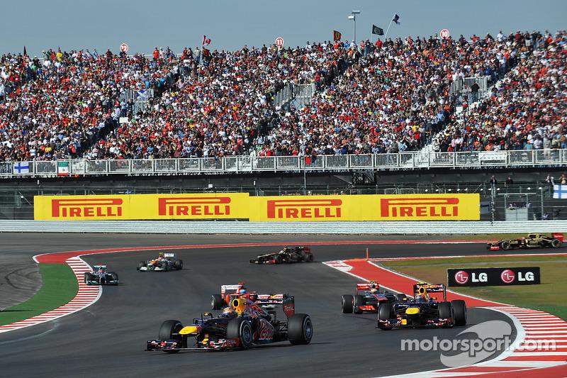 Départ : Sebastian Vettel, Red Bull Racing mène