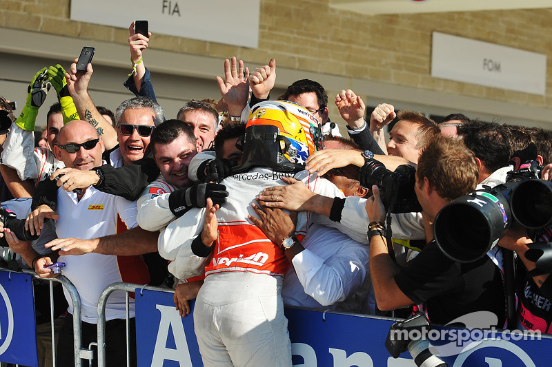 Le vainqueur Lewis Hamilton, McLaren
