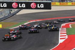 Pedro De La Rosa, HRT Formula 1 Team F112 al inicio de la carrera