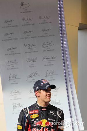 Sebastian Vettel, Red Bull Racing op het podium