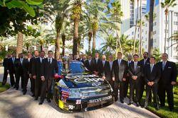 NASCAR Camping World Truck Series kampioen James Buescher, Turner Motorsports Chevrolet met team