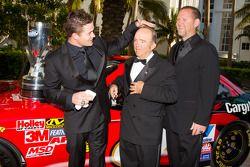 NASCAR Nationwide Series kampioen Ricky Stenhouse Jr., Roush-Fenway Ford lacht met Jack Roush