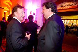 Richard Childress en NASCAR President Mike Helton