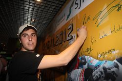 59ste Macau Grand Prix promo fotoshoot, Pepe Oriola, SEAT Leon WTCC, Tuenti Racing Team