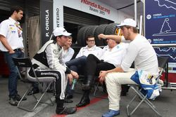 Fernando Monje, SEAT Leon WTCC, SUNRED Engineering en Pepe Oriola, SEAT Leon WTCC, Tuenti Racing Tea