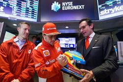 Fernando Alonso, Scuderia Ferrari bezoekt New York Stock Exchange