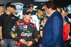 Victory lane: 2012 NASCAR Nationwide Series kampioen Ricky Stenhouse Jr., Roush Fenway Ford met NASC