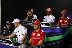 La conferencia de prensa de la FIA, Bruno Senna, Williams; Lewis Hamilton, McLaren; Felipe Massa, Fe