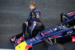 Sebastian Vettel, Red Bull Racing RB8 at a team photograph