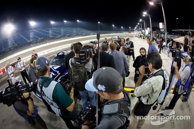 Jimmie Johnson, Hendrick Motorsports Chevrolet met media