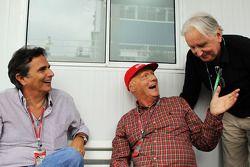 Nelson Piquet, with Niki Lauda, Mercedes Non-Executive Chairman and John Watson