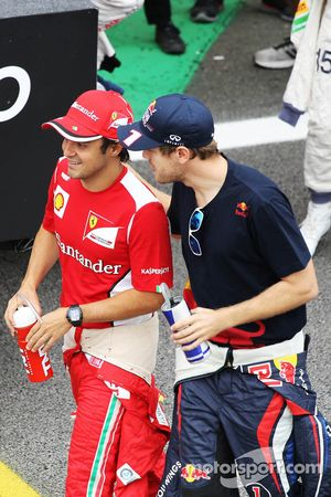 Felipe Massa, Ferrari and Sebastian Vettel, Red Bull Racing on the drivers parade