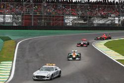Nico Hulkenberg, Sahara Force India F1 leads behind the FIA Safety Car