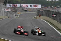 Дженсон Баттон (McLaren Mercedes) і Ніко Хюлькенберг (Force India)