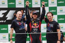 Sebastian Vettel, Red Bull Racing celebrates winning the World Championship with Adrian Newey, Red B