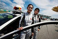 #18 Proton Satria Neo: Melissa Huang, Siti Zirwatul