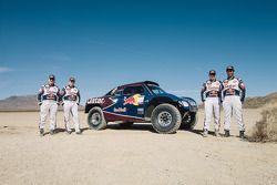 Карлос Сайнс, Нассер Аль-Аттия, Тимо Готтшальк и Лукас Круз. Тесты Qatar Red Bull Rally, тесты.
