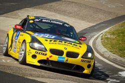 #220 Black Falcon Team TMD Friction BMW Z4: Laurentius Michielse, Dillon Kosten, Erik Weijers