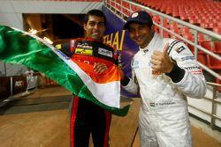 Karun Chandhok en Narain Karthikeyan vieren ROC Asia overwinning voor Team India