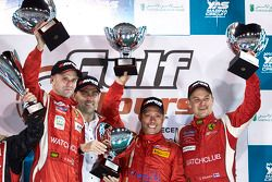 Podium: race winners Gaetano Ardagna, Gianmaria Bruni, Toni Vilander with Amato Ferrari