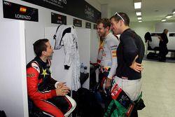 Jorge Lorenzo, Benito Guerra y Sebastian Vettel