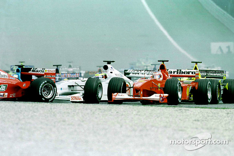 Rubens Barrichello en la salida del GP de Austria