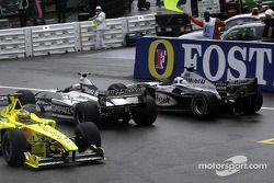 Des problèmes pour Jarno Trulli, Jenson Button et David Coulthard