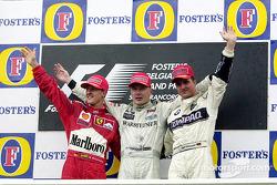 Podium : le vainqueur Mika Hakkinen, le second Michael Schumacher, le troisième Ralf Schumacher