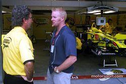 Paul Tracy visitas con Eddie Jordan