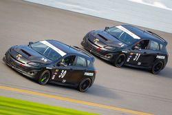 #30 i-MOTO Mazda Speed 3: Ryan Ellis, Mat Pombo, #31 i-MOTO Mazda Speed 3: Jayson Clunie, Pierre Kle